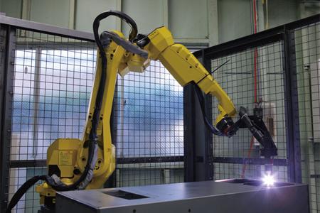溶接ロボット