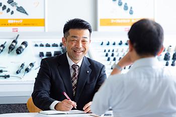 機器営業部 静岡支店 渡辺浩司